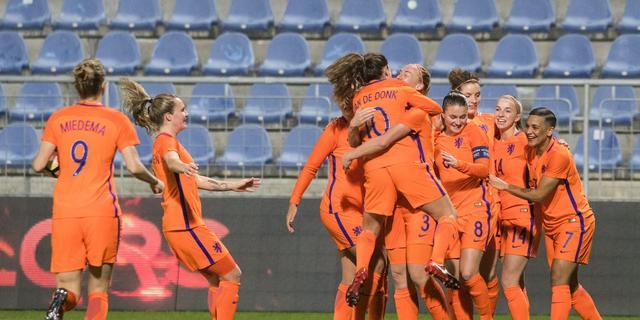 Liveblog: Oranjevrouwen boeken ruime overwinning op Slowakije (gesloten)