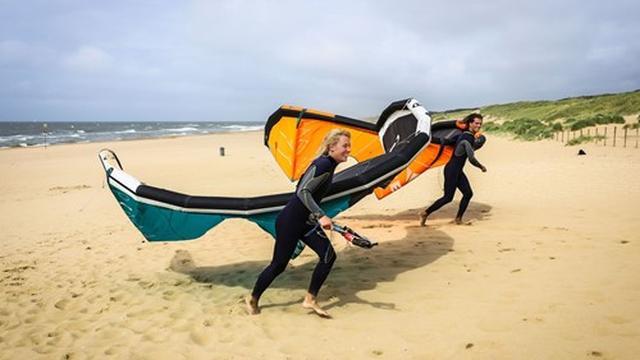 Volg een cursus Kitesurfen met korting vanaf 99 euro