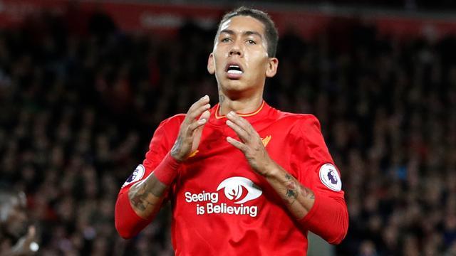 Liverpool-aanvaller Firmino opgepakt met drank op achter het stuur