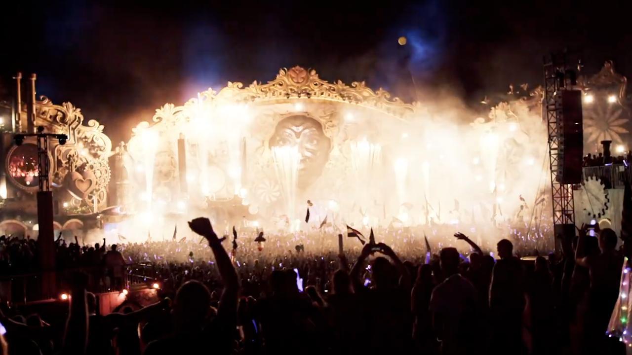 Tomorrowland viert 15-jarig bestaan in Ziggo Dome