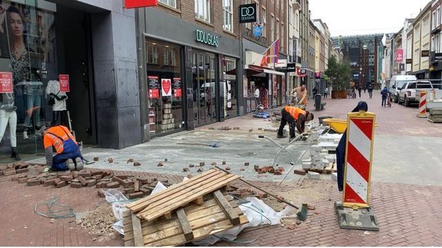 Proefvakken met speciaal ontworpen straatstenen Eindhoven aangelegd
