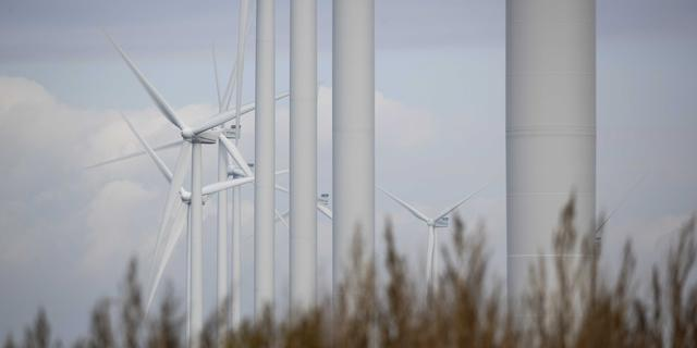 Bouw windmolenparken onzeker, financiele schade dreigt