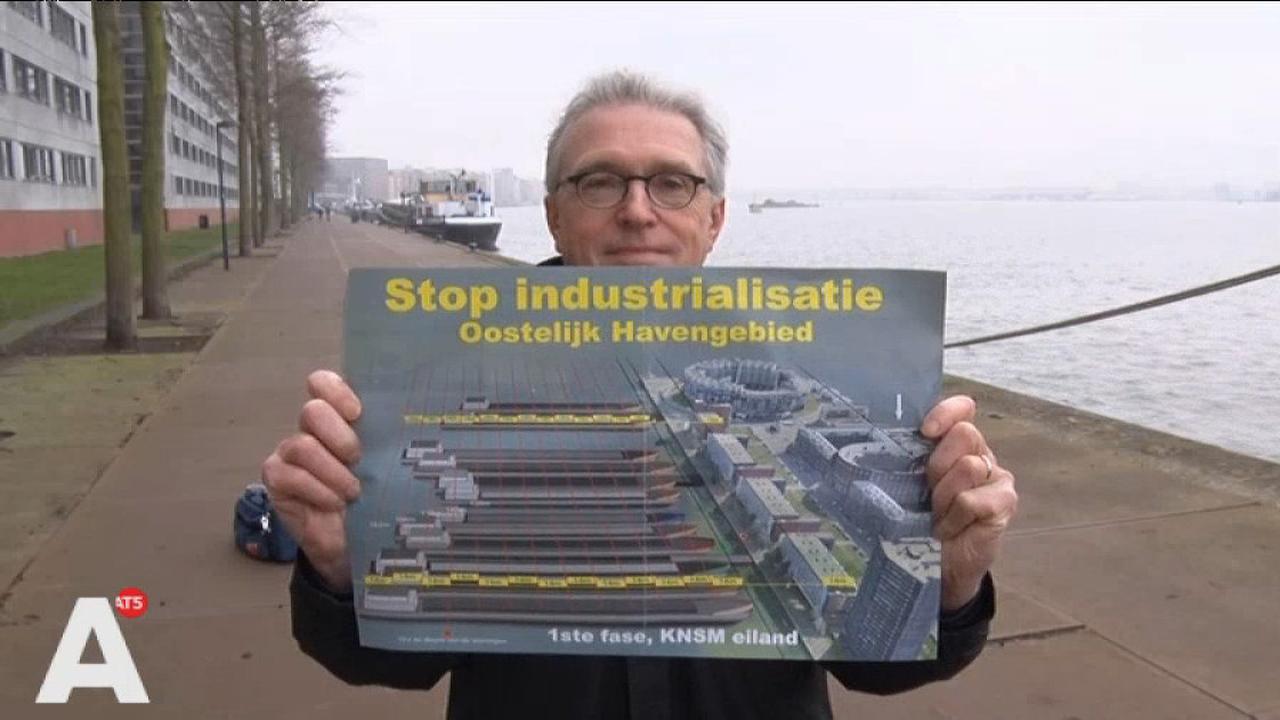 Bewoners Surinamekade straks 'vergiftigd' door twaalf enorme schepen