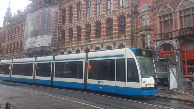 Deel openbaar vervoer Amsterdam plat door noodweer