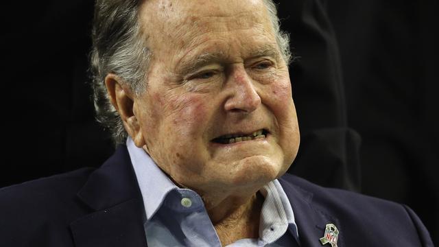 Oud-president VS George H.W. Bush (93) van intensive care af