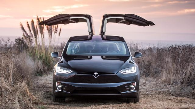 Ook onderzoek naar Tesla Model X