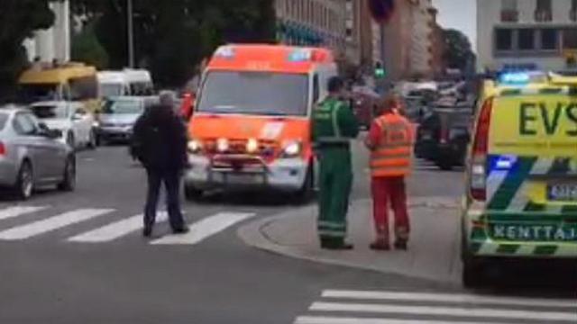 Twee doden en acht gewonden bij steekincident in Finse stad Turku