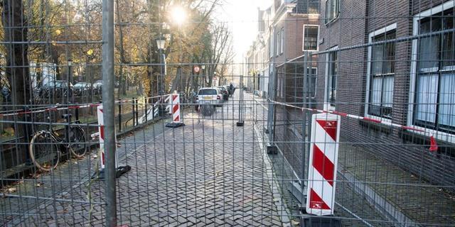 Mogelijk schade aan werfkelders op Nieuwegracht door zware betonmixer