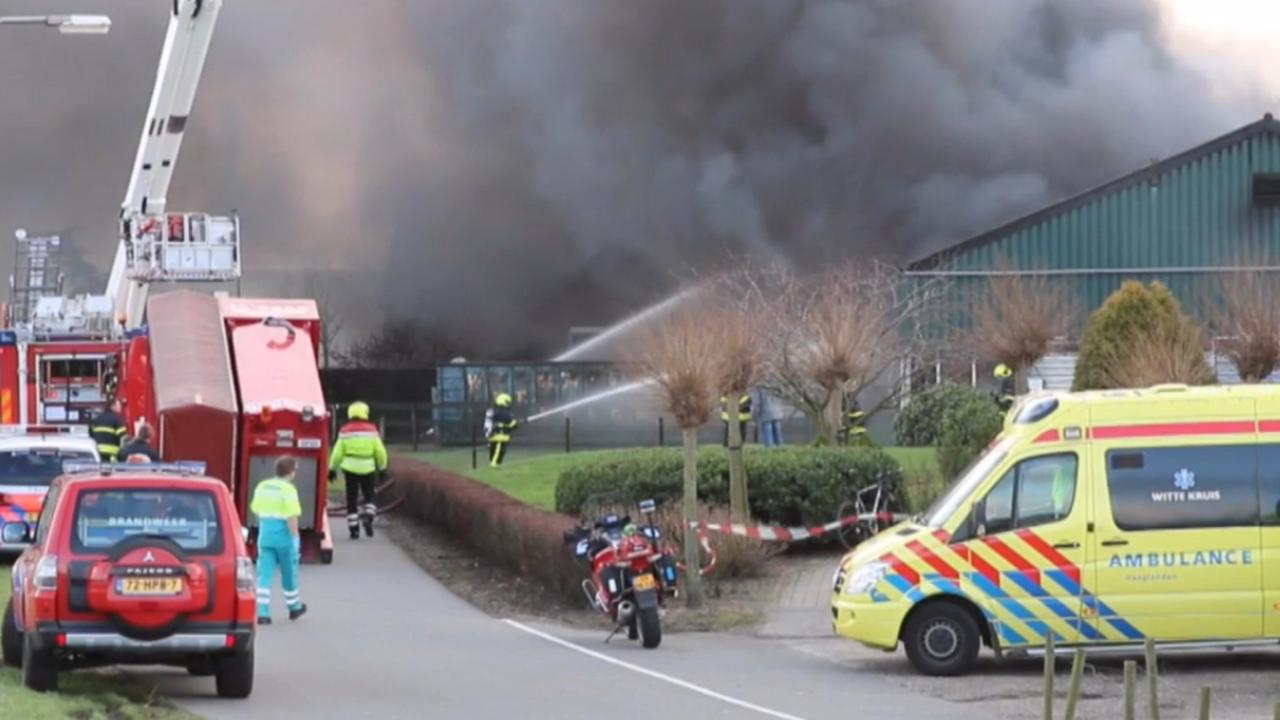 Gewonde door brand bij landbouwbedrijf in De Lier