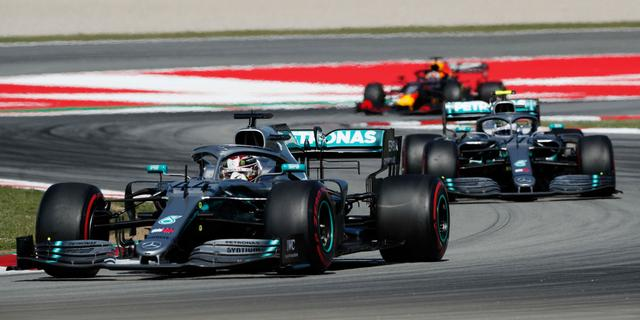 Coureurs gaan in overleg om crisis in 'saaie' Formule 1 op te lossen