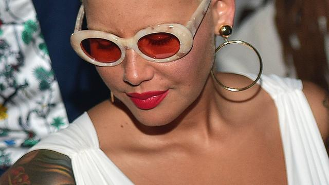 'Amber Rose laat tatoeage ex-man Wiz Khalifa weghalen'