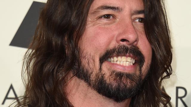 Foo Fighters annuleren twee concerten wegens stemproblemen Dave Grohl
