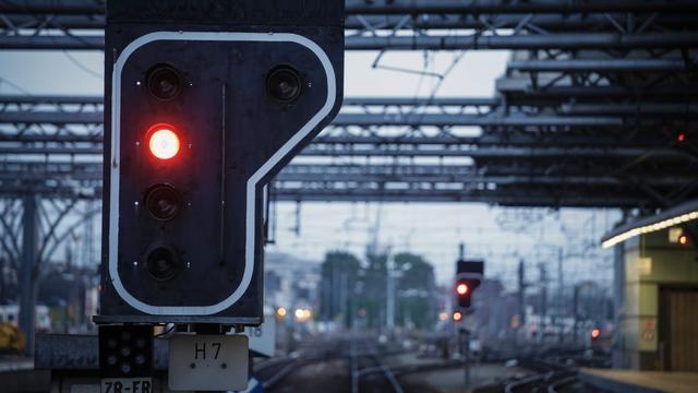Lege trein rijdt weg zonder machinist en ontspoort in België
