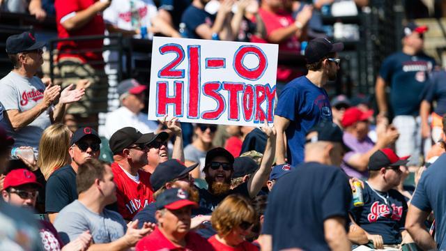 Cleveland Indians evenaart stokoud honkbalrecord door 21e zege op rij