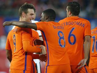 Janssen en Wijnaldum zorgen voor 2-0 overwinning in Wenen