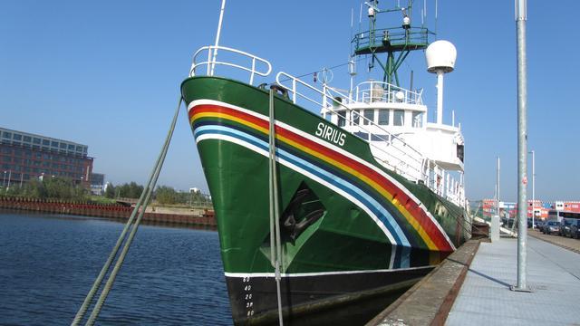 Greenpeace-schip Sirius gesloopt in Haarlem