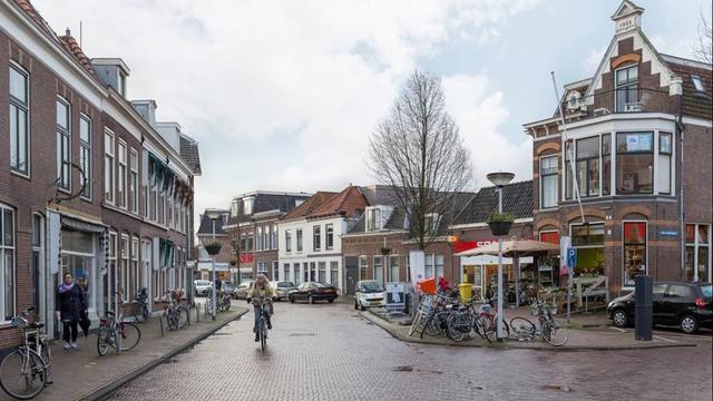 Herenstraat tijdelijk éénrichtingsverkeer in Leiden