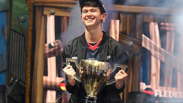 Zestienjarige Amerikaan wint 3 miljoen dollar op WK Fortnite