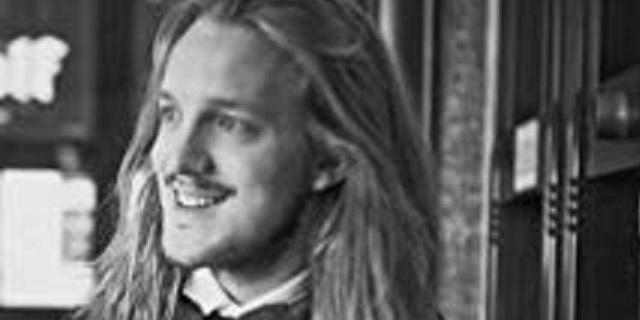 Politie wil telefoongegevens van betrokkenen bij dood filmmaker Van Luijn