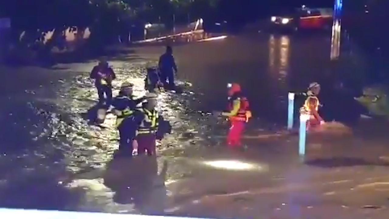 Straten in Zuid-Frankrijk staan blank door noodweer