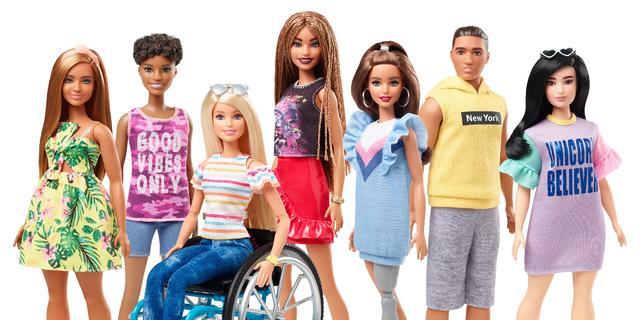 Fabrikant Barbie introduceert poppen met fysieke beperking