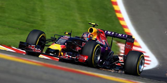 'Red Bull en Toro Rosso toch weer in gesprek met Renault'