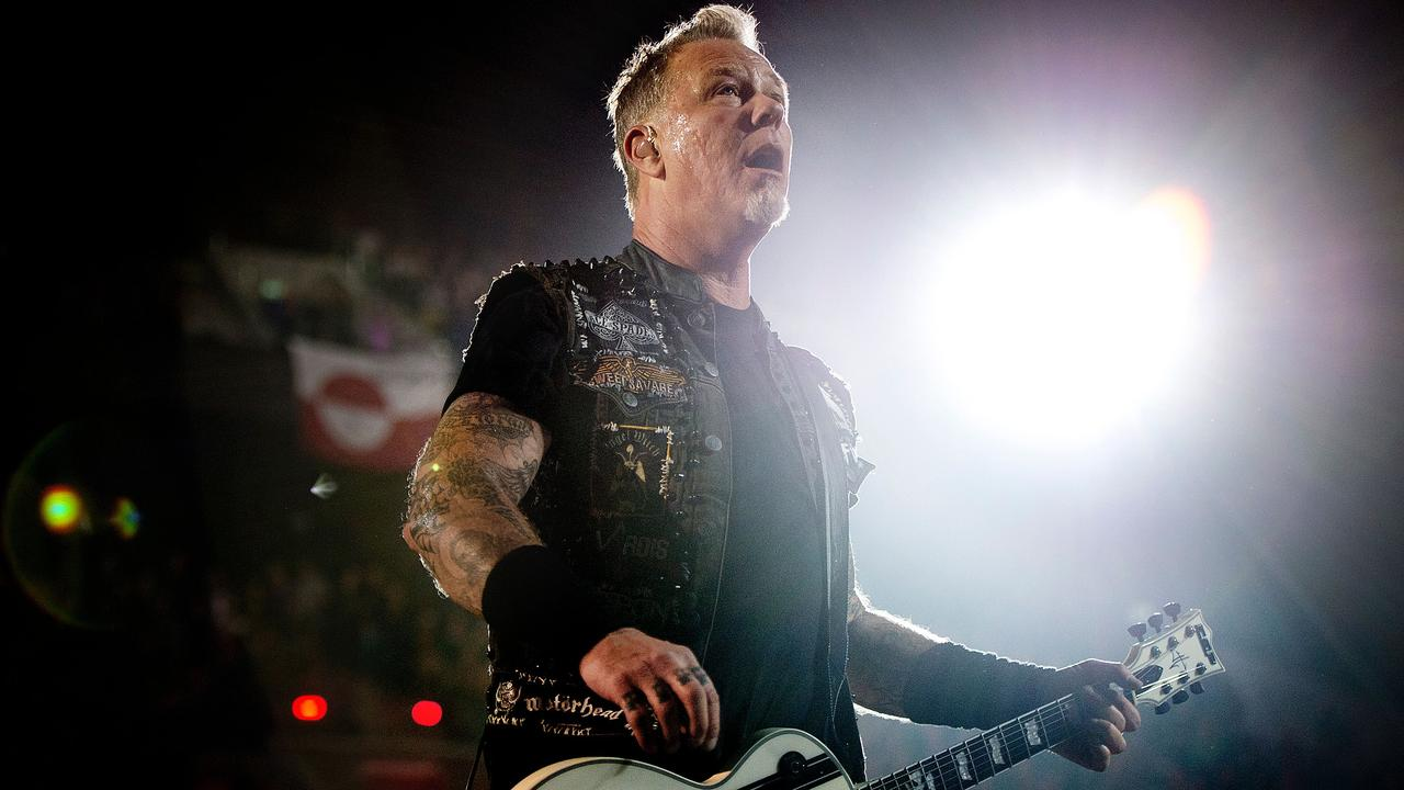 Metallica sang Blood, Sweat and Tears after tip from Dutch fans