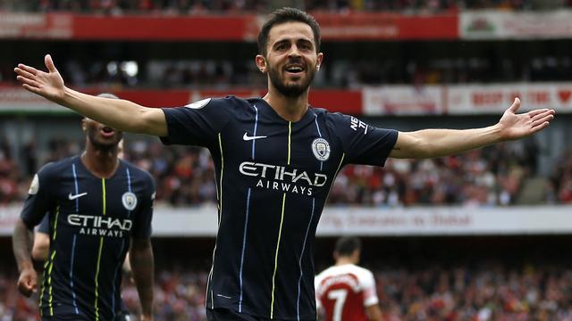 City wint topper tegen Arsenal bij competitiestart, Liverpool haalt uit