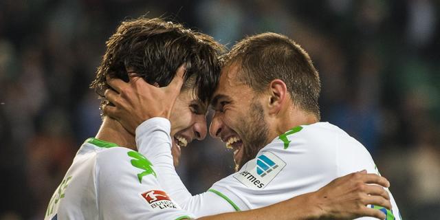 Dost helpt VfL Wolfsburg met doelpunt langs Schalke 04