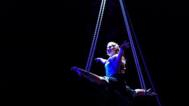 Circus Zanzara: Flamo en la Pano - Amsterdam