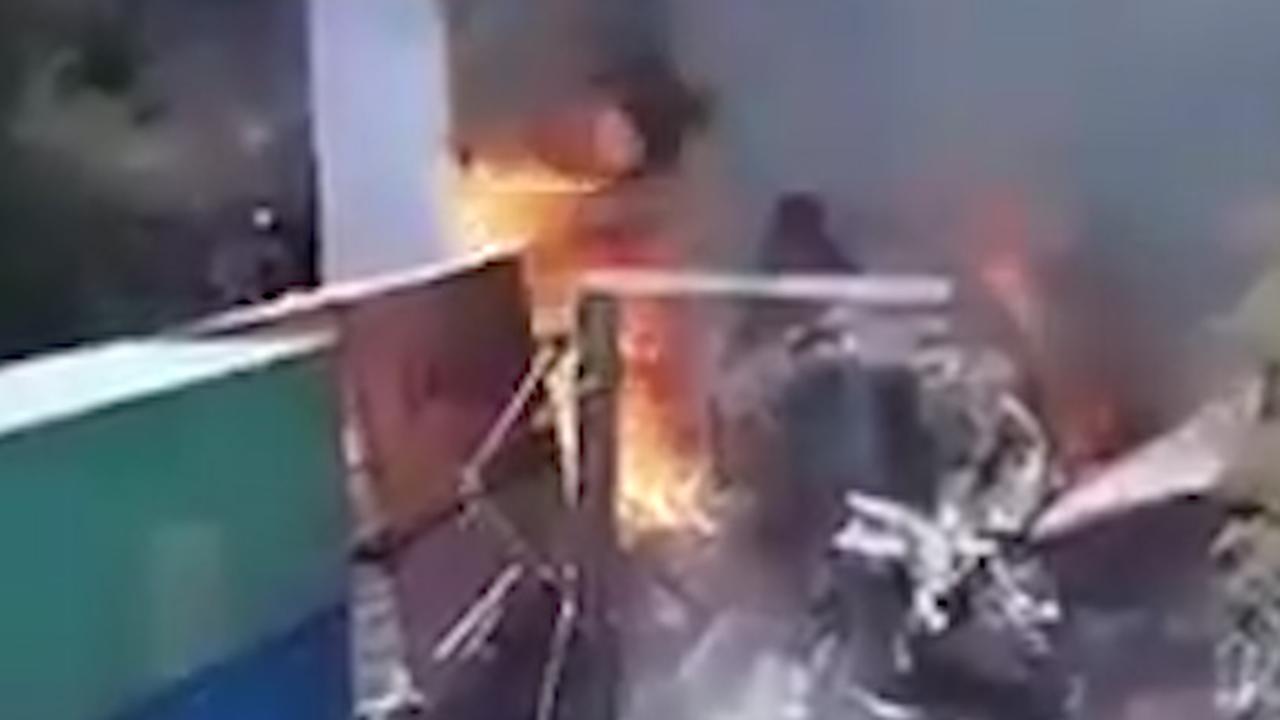 Ravage na treinbotsing bij roof in Mexico