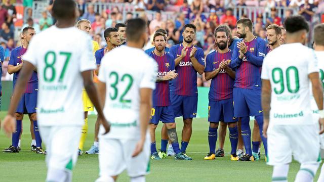 Fotoserie: Barcelona verslaat Chapecoense in emotioneel oefenduel
