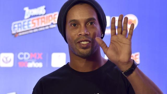 Ronaldinho denkt nog niet aan afscheid