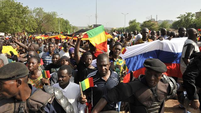 Tienduizenden Malinezen op de vlucht