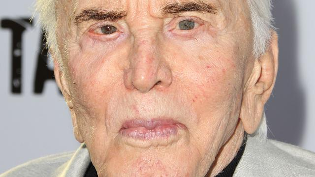 Honderdjarige Kirk Douglas komt met boek over leven en acteercarrière