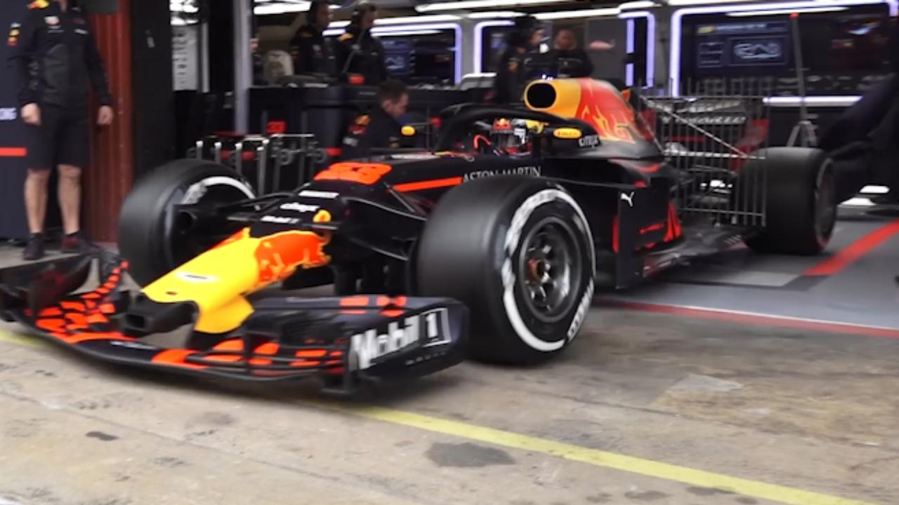 Verstappen rijdt in Barcelona voor het eerst in nieuwe auto