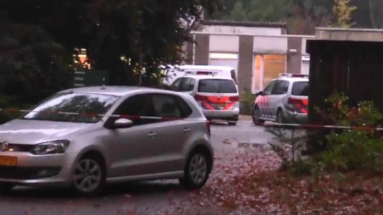 Politie zoekt dinsdag in kliniek Den Dolder naar aanwijzingen vermiste Anne