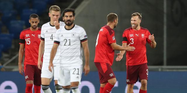 Duitsland niet langs Zwitserland, historische goal Fati bij ruime zege Spanje