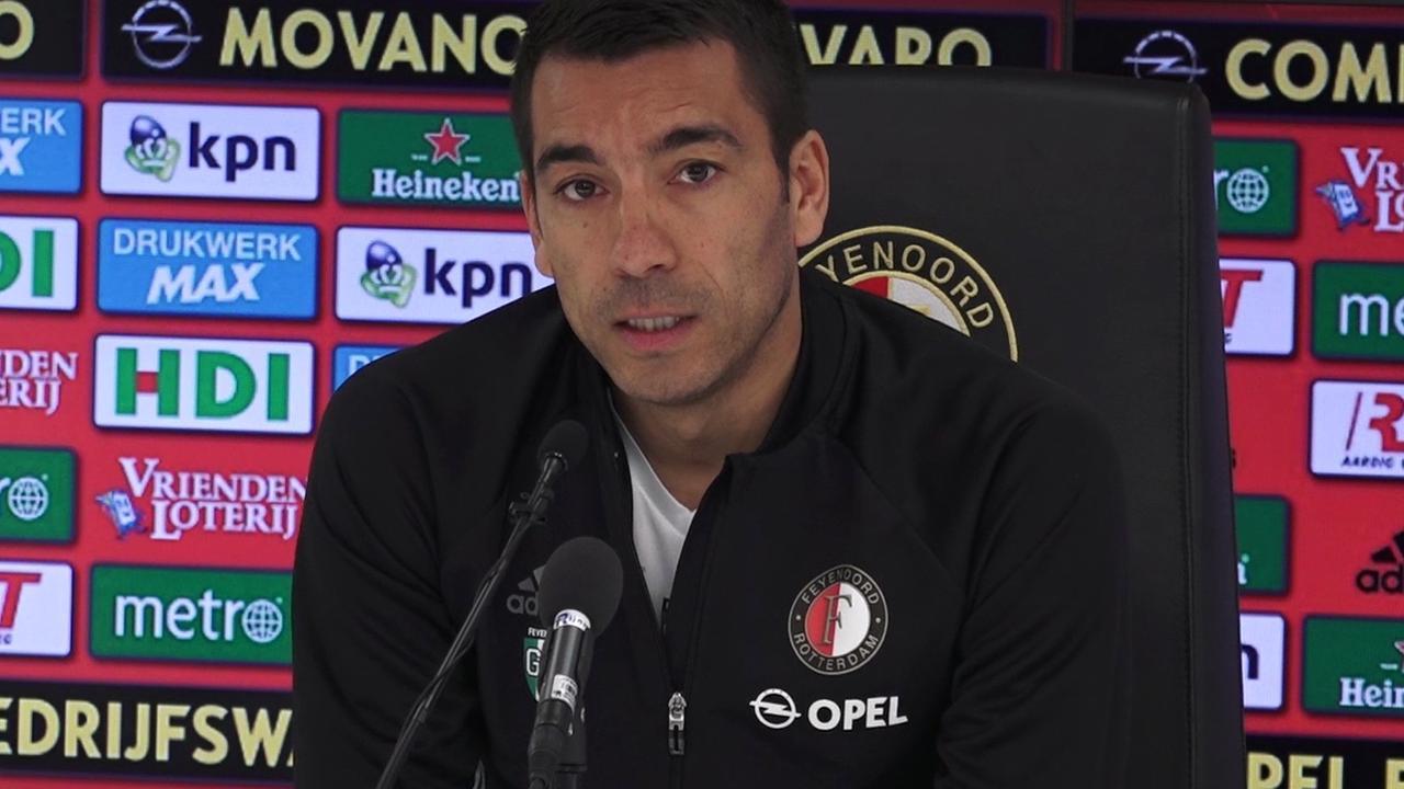 Van Bronckhorst voelt spanning bij Feyenoord toenemen