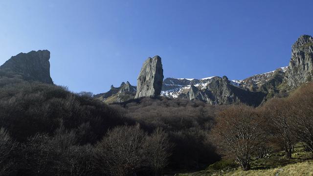 Stuk berg dreigt in Frans Alpenmeer te storten