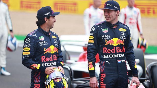 """Max Verstappen vindt de auto """"erg interessant"""". """"Als deze auto zoals verwacht zorgt voor meer gevechten, is het goed voor de sport."""""""