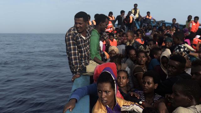 Kustwacht Libië haalt zeker 250 migranten van zee