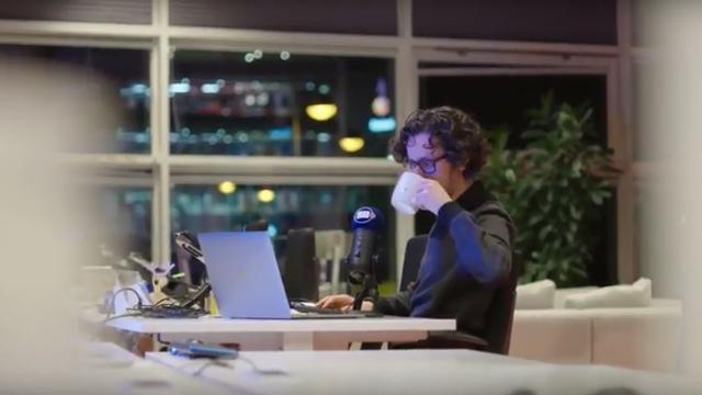 NU.nl's Dit wordt het nieuws-podcast is jarig
