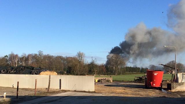 Grote brand op industrieterrein in Losser onder controle