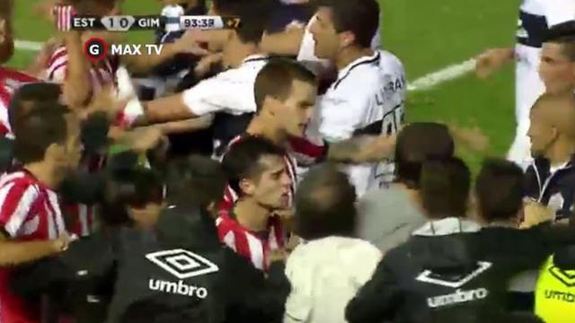 Vijftien spelers in Argentinië geschorst wegens vechtpartij
