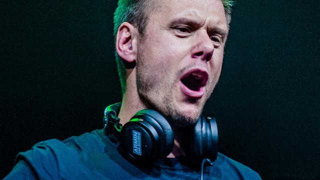 Armin van Buuren past logo aan na kritiek Amerikaans technocollectief