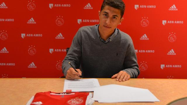 Ajax legt Australisch talent Sebastian Pasquali (17) vast