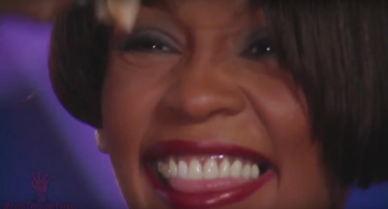 Trailer Whitney Can I Be Me