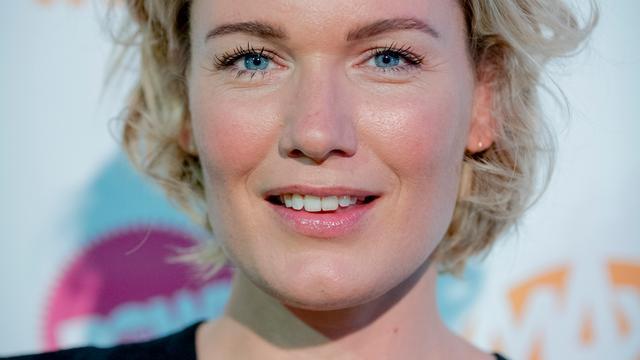 Actrice Marlijn Weerdenburg is zwanger