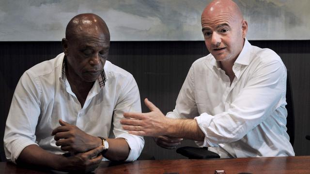 Infantino vindt dat het 'nu of nooit' is voor FIFA na reputatieschade